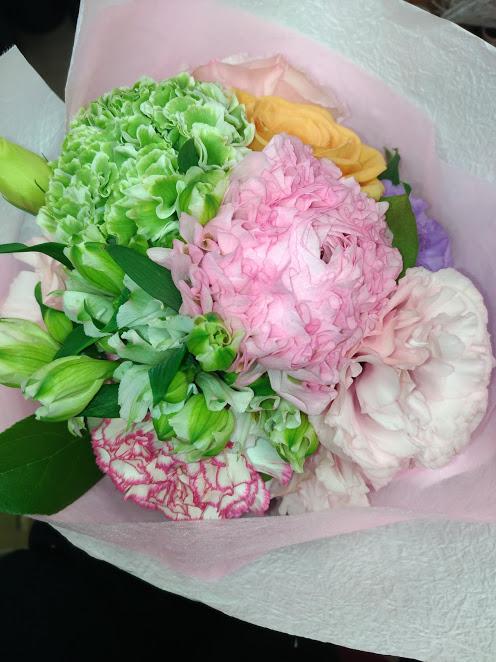 花束2,000円3