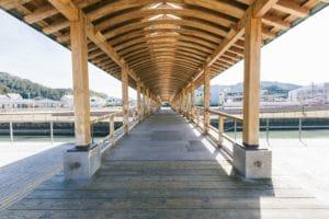 飫肥杉で造られた夢見橋