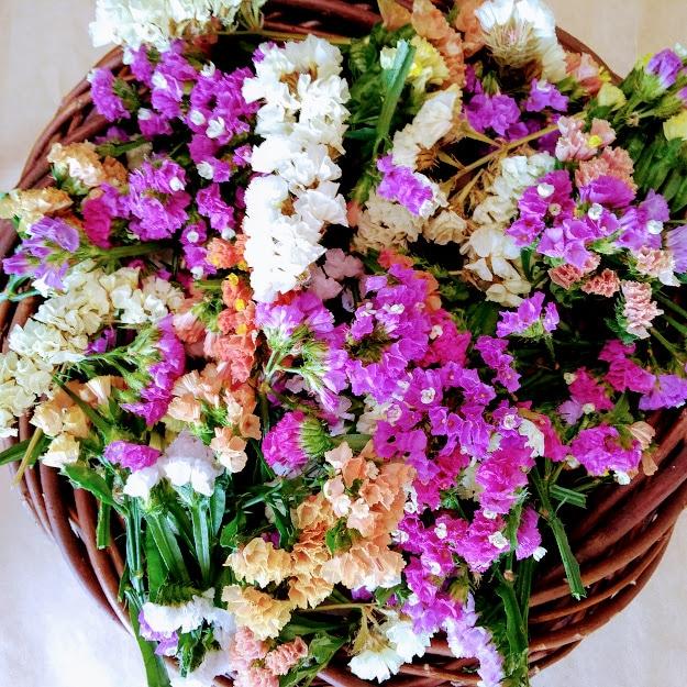 スターチスのリース作り 花