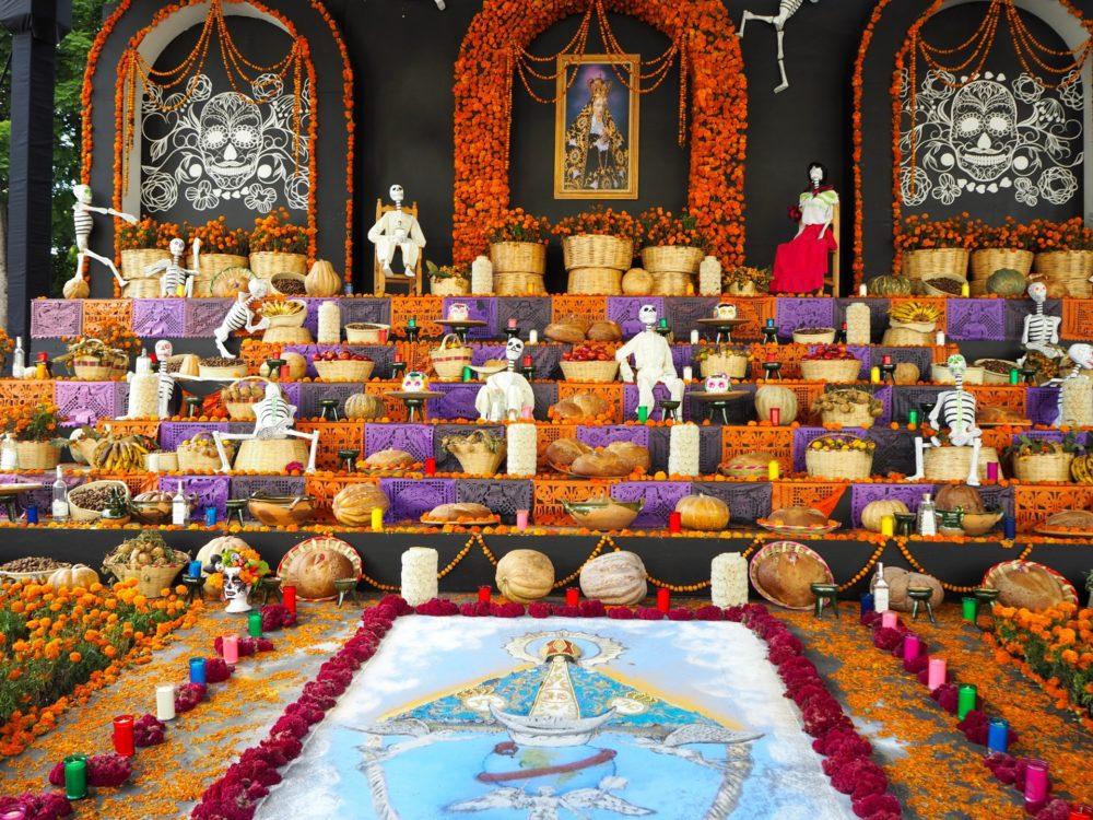 死者の日祭壇